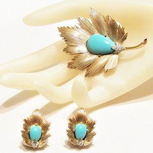 Vintage Crown Trifari Leaf Brooch Earring Set